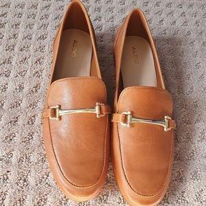 NWT Brown Flats with Gold Detailing by Aldo